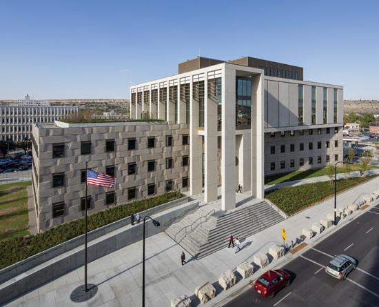 Prestressed Concrete Buildings : Ce center precast concrete for high performance building