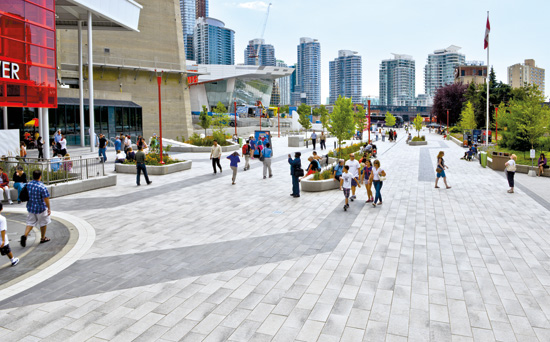 Public Plaza at the CN Tower, Toronto, Ontario, designed by IBI Group LA / Graham Infrastructure LP, provides an accessible, comfortable, sociable outdoor public space.