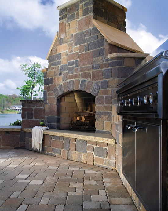 Manufactured masonry veneer in thin and full-profile styles creates distinctive outdoor spaces.