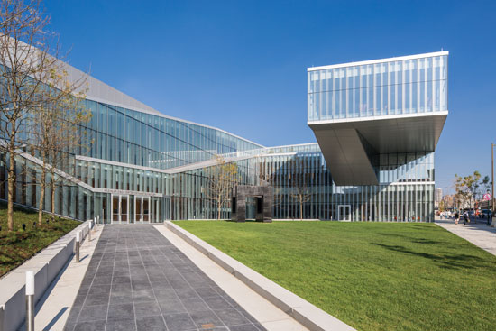The Krishna Singh Nanotechnology Center located at the University of Pennsylvania and designed by Weiss/Manfredi uses sustainability principles and the latest in high-performance glass to provide abundant natural daylighting in the building.
