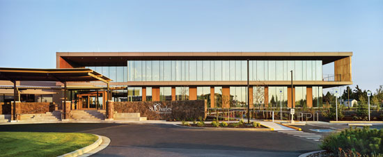 The St. Charles Cancer Center is an example of a building that uses a balanced approach to create a naturally daylit, functional, and well-designed facility.