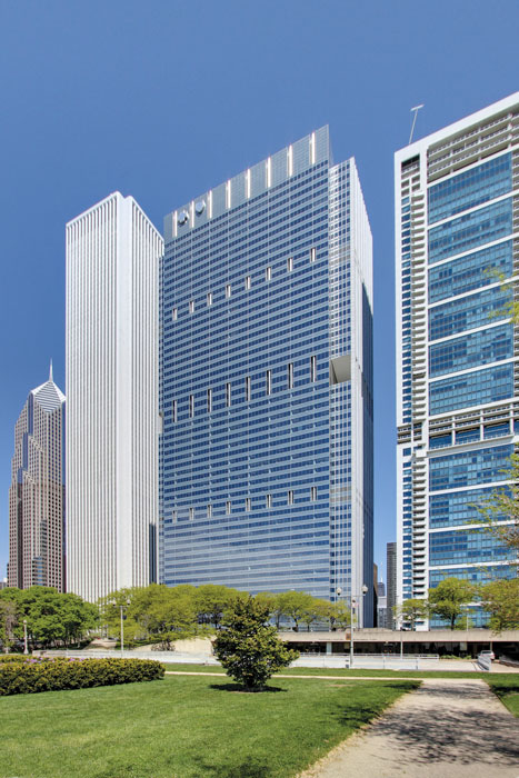 For Chicago's tallest vertical expansion, adding on a 25-story, 850,000-square-foot addition to the existing 33-story tower at Blue Cross Blue Shield, structural steel leveraged a high strength-to-weight ratio and speed of construction to meet the project's aggressive construction schedule.