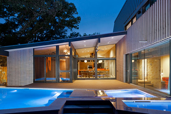 More projects today use Western Red Cedar on both exterior and interior surfaces, such as the Brady Lane Residence in Texas by Webber + Studio Architects, unifying the composition and exploiting the material's green attributes.