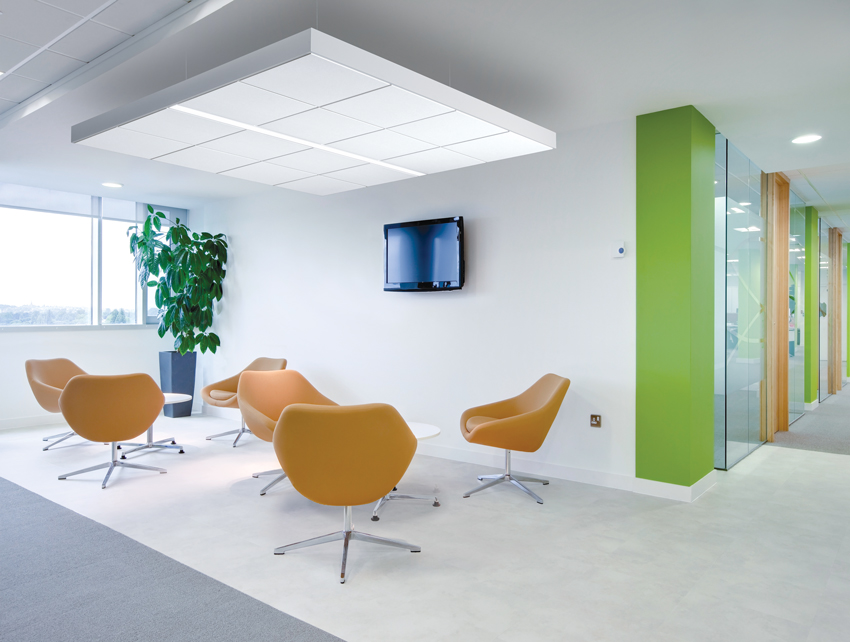Acoustical cloud lighting: custom-look acoustical clouds with integrated lighting are packaged in easy-to-specify kits. These options provide outstanding performance for collaborative and focus areas in open plenum environments.