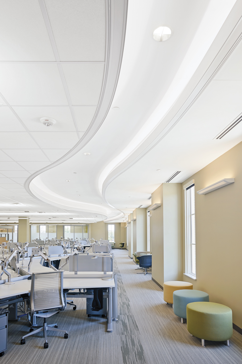 NOAA Offices,  Tuscaloosa, Alabama Gould Evans Architects, New Orleans, Louisiana  Drywall grid and extruded aluminum perimeter trim with fine textured ceiling panels
