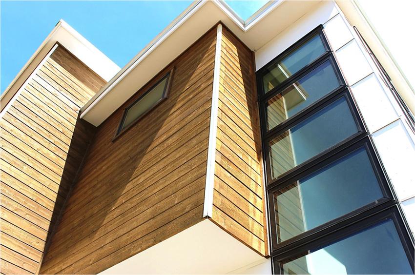 Building exterior featuring aluminum trim.