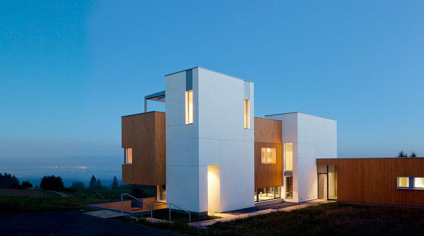 Photo of the Karuna house.