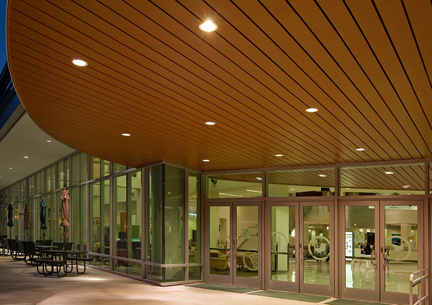 Interior photo of The University of South Florida Marshall Student Center.
