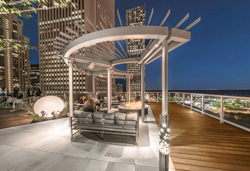 Shown is the outdoor amenity roof space at Prudential Plaza, Chicago.