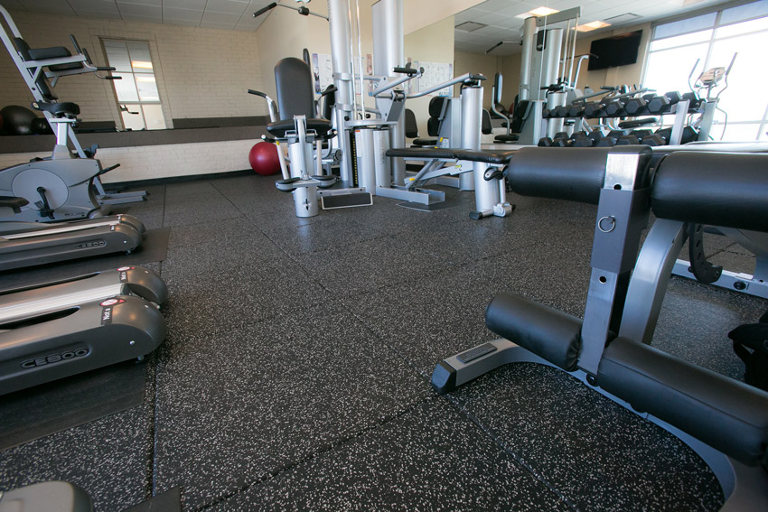 Image of Slate in Omaha, Nebraska, features a fitness center surrounded by apartments.