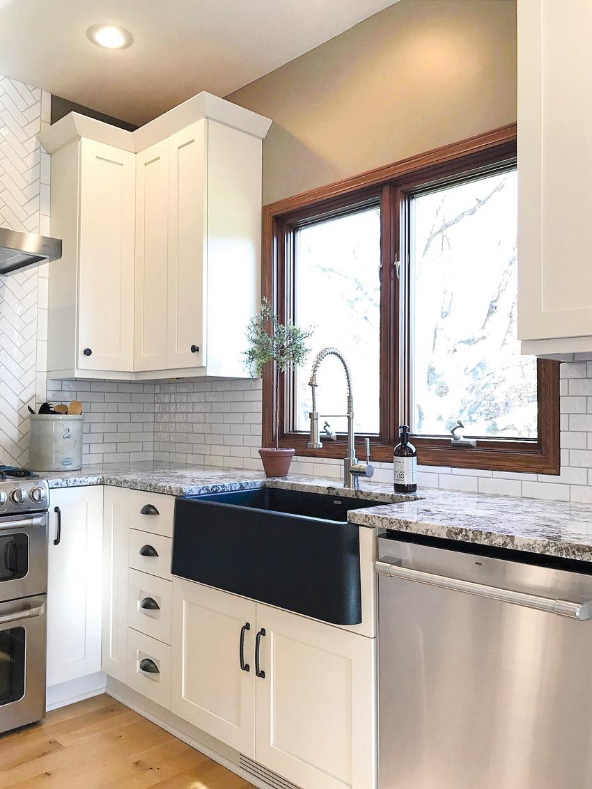 Farmhouse-style sinks in kitchen