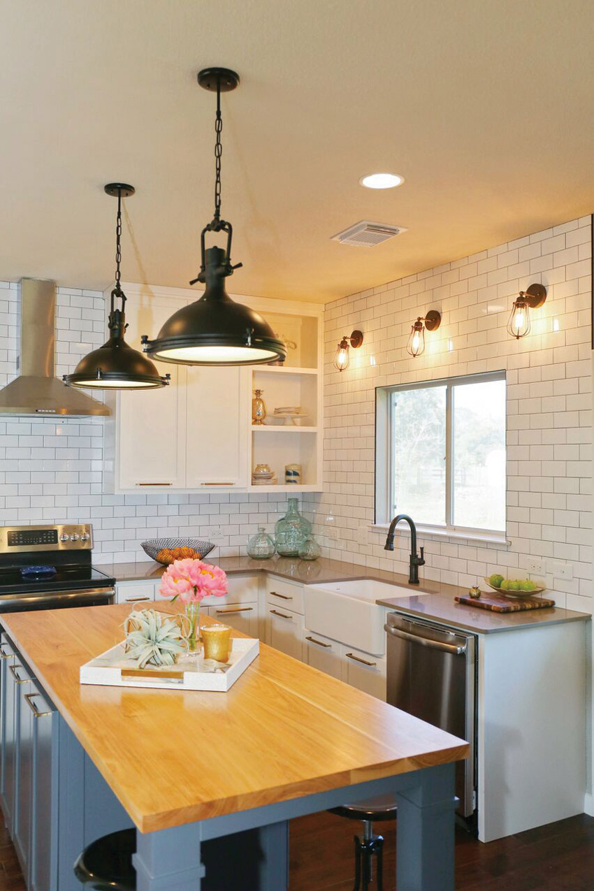 A house featured in HGTV's House Hunters shows a kitchen with a white farmhouse sink